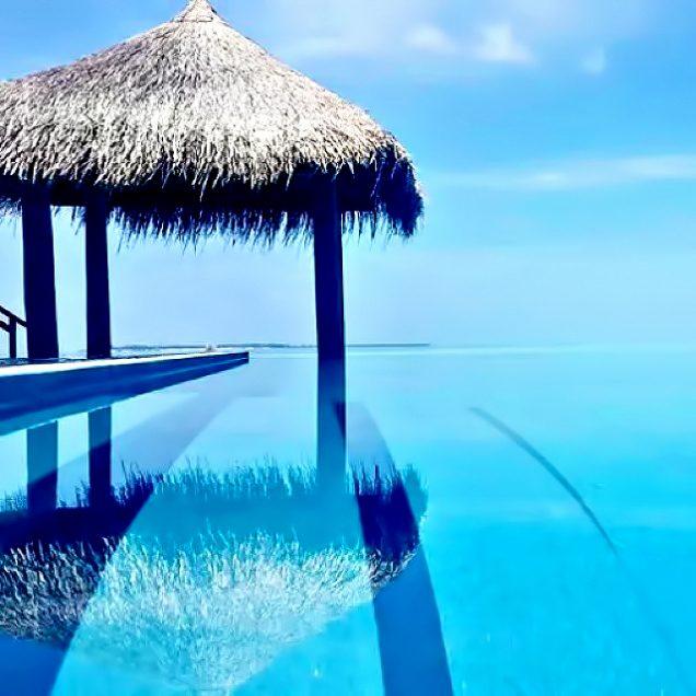 Velassaru Maldives Luxury Resort - South Male Atoll, Maldives - Tropical Luxury