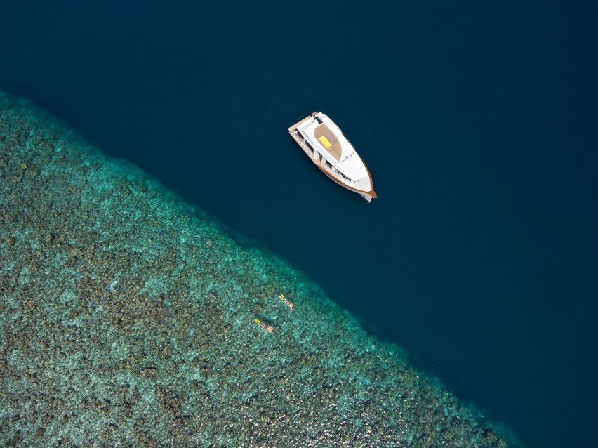 Cheval Blanc Randheli Luxury Resort - Noonu Atoll, Maldives - Snorkeling Aerial