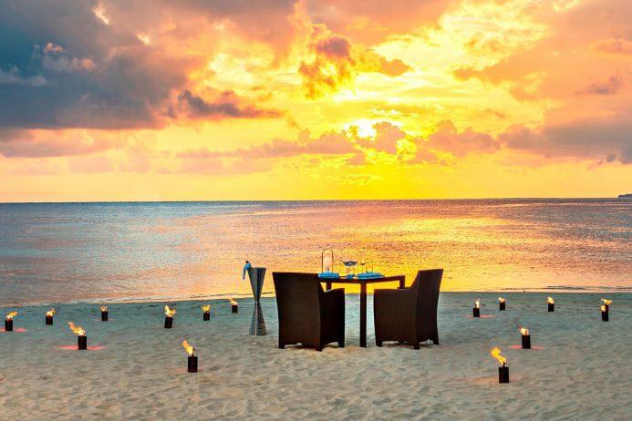 W Maldives Luxury Resort - Fesdu Island, Maldives - Beach Sunset Candlelight Dinner