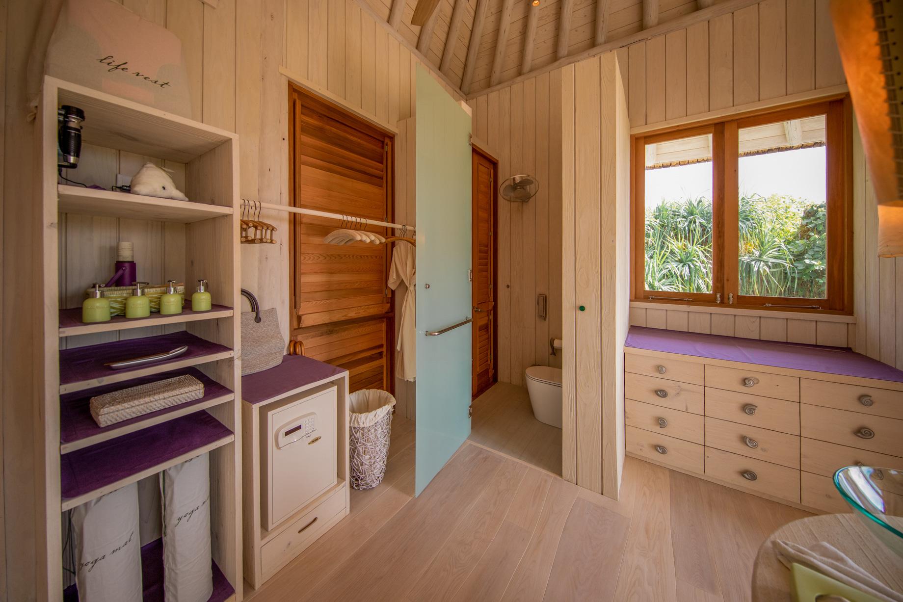 Soneva Jani Luxury Resort – Noonu Atoll, Medhufaru, Maldives – 2 Bedroom Crusoe Residence Island Villa Bathroom