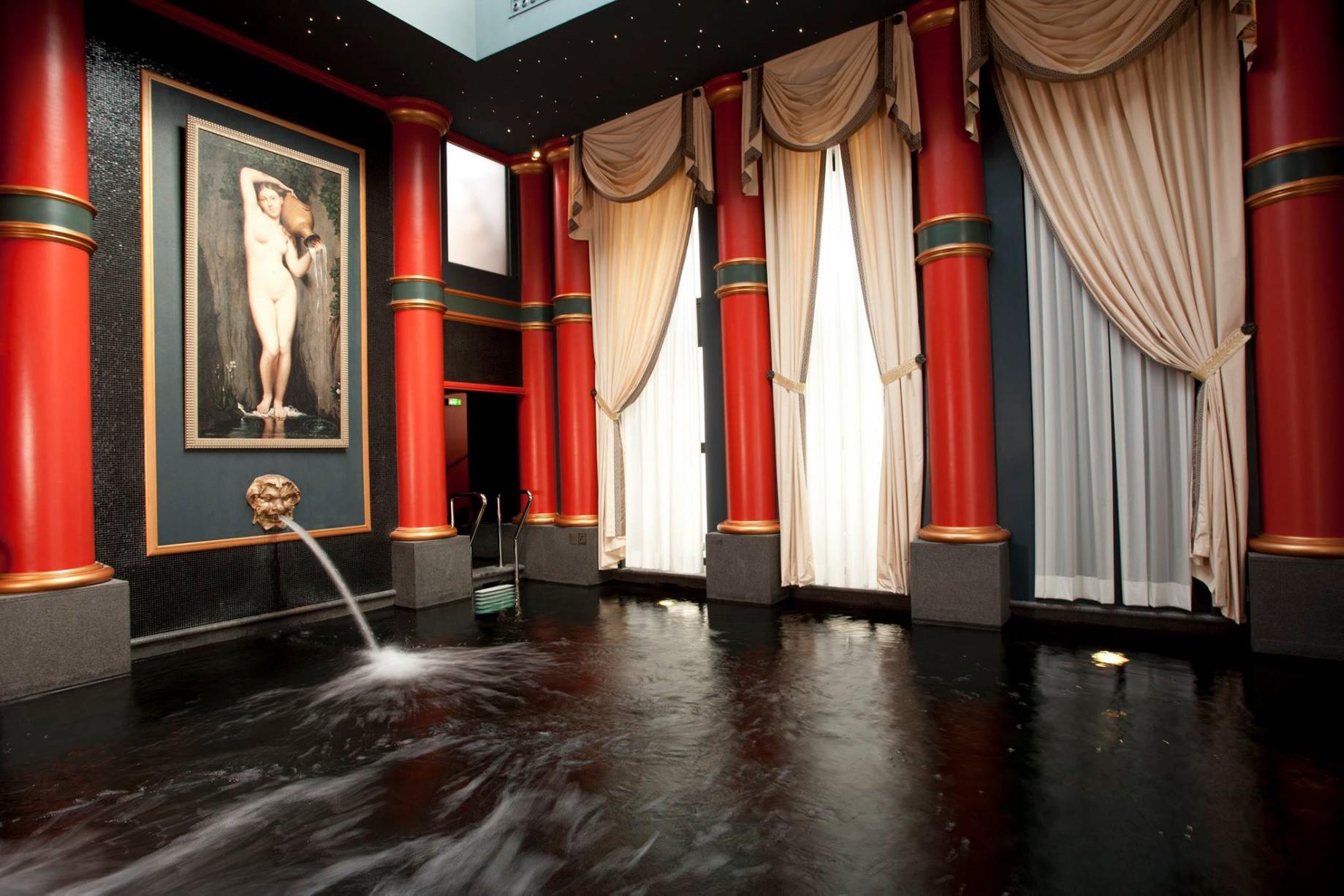 InterContinental Bordeaux Le Grand Hotel – Bordeaux, France – Spa Guerlain Relaxation Pool