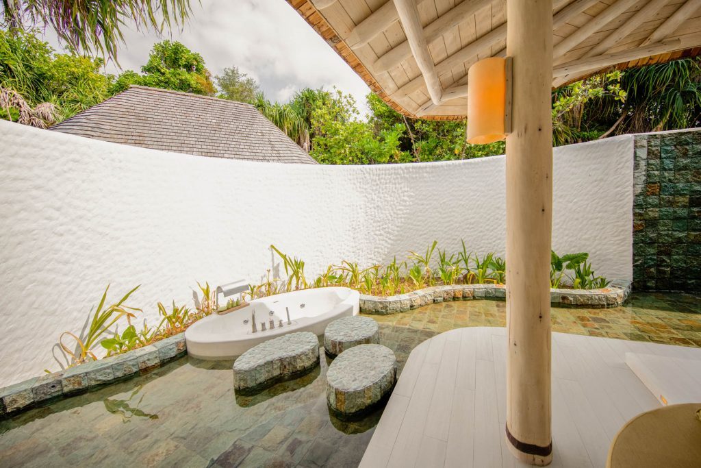Soneva Jani Luxury Resort - Noonu Atoll, Medhufaru, Maldives - 2 Bedroom Crusoe Residence Island Villa Outdoor Bathtub