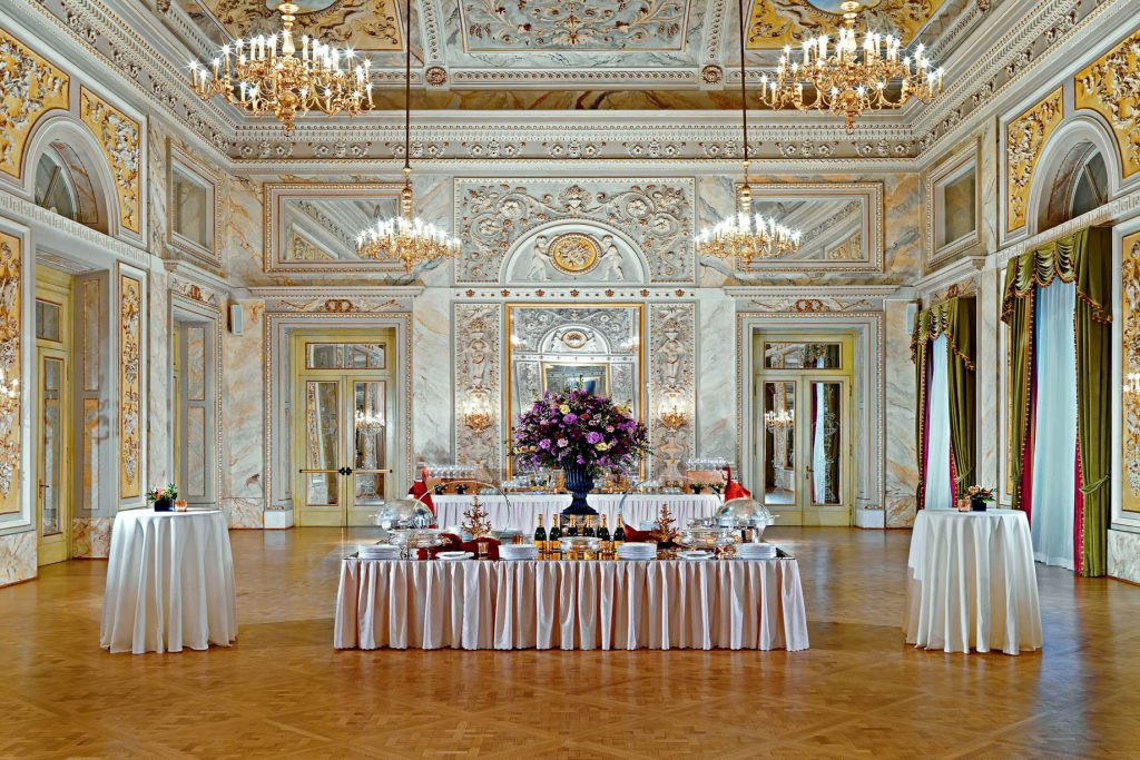The St. Regis Florence Luxury Hotel - Florence, Italy - Salone delle feste