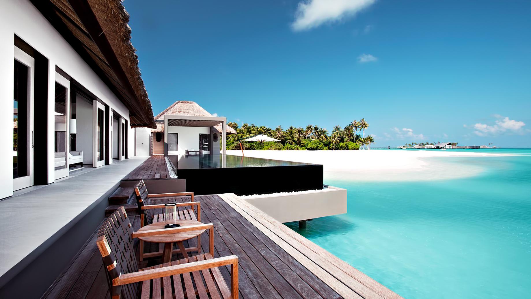 Cheval Blanc Randheli Luxury Resort – Noonu Atoll, Maldives – Overwater Villa Infinity Pool Deck