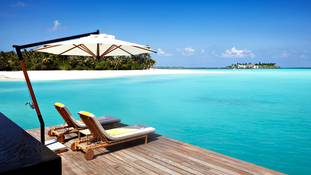 Cheval Blanc Randheli Luxury Resort - Noonu Atoll, Maldives - Overwater Villa Infinity Pool Deck Ocean View