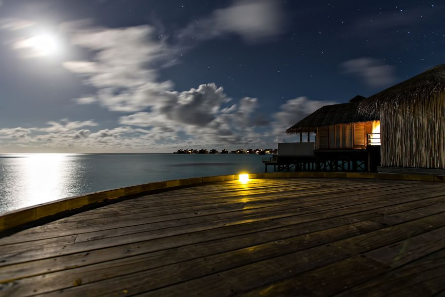 Six Senses Laamu Luxury Resort - Laamu Atoll, Maldives - Ocean Villa Moonlight View