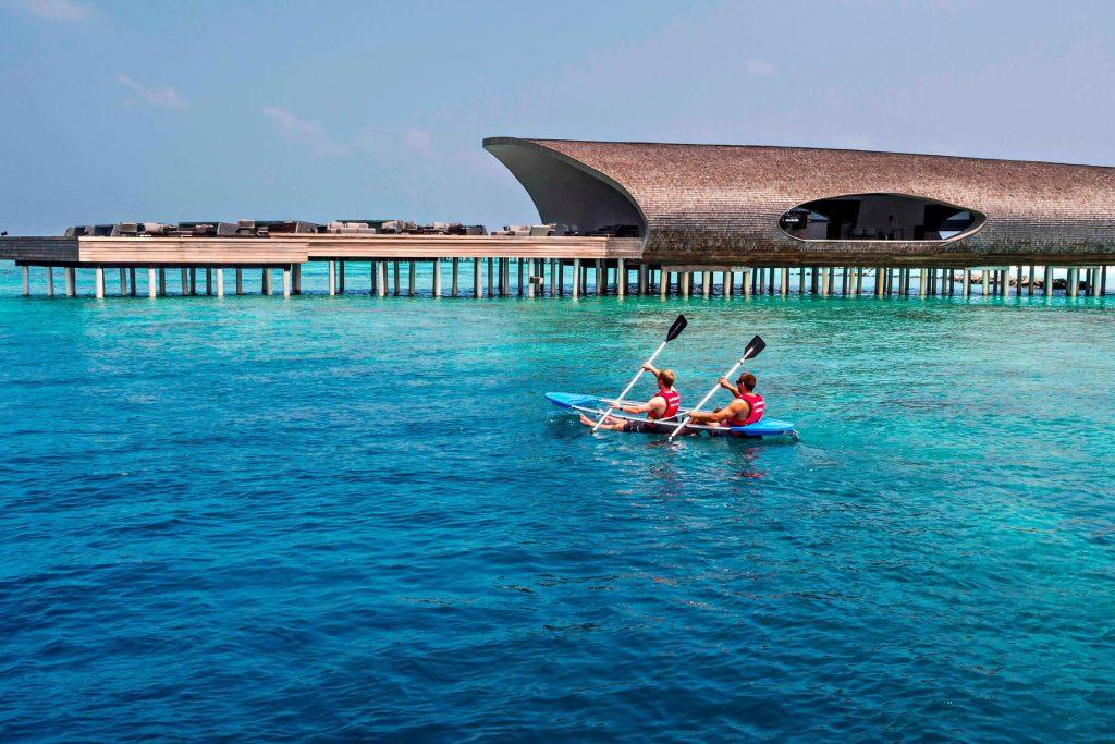 The St. Regis Maldives Vommuli Luxury Resort - Dhaalu Atoll, Maldives - Watersport Glass Kayak