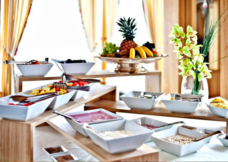 Tschuggen Grand Luxury Hotel - Arosa, Switzerland - Brunch