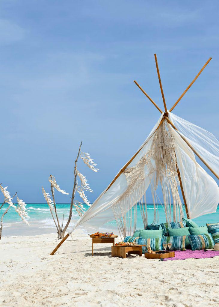 The Nautilus Maldives Luxury Resort - Thiladhoo Island, Maldives - White Sand Beach Lounge