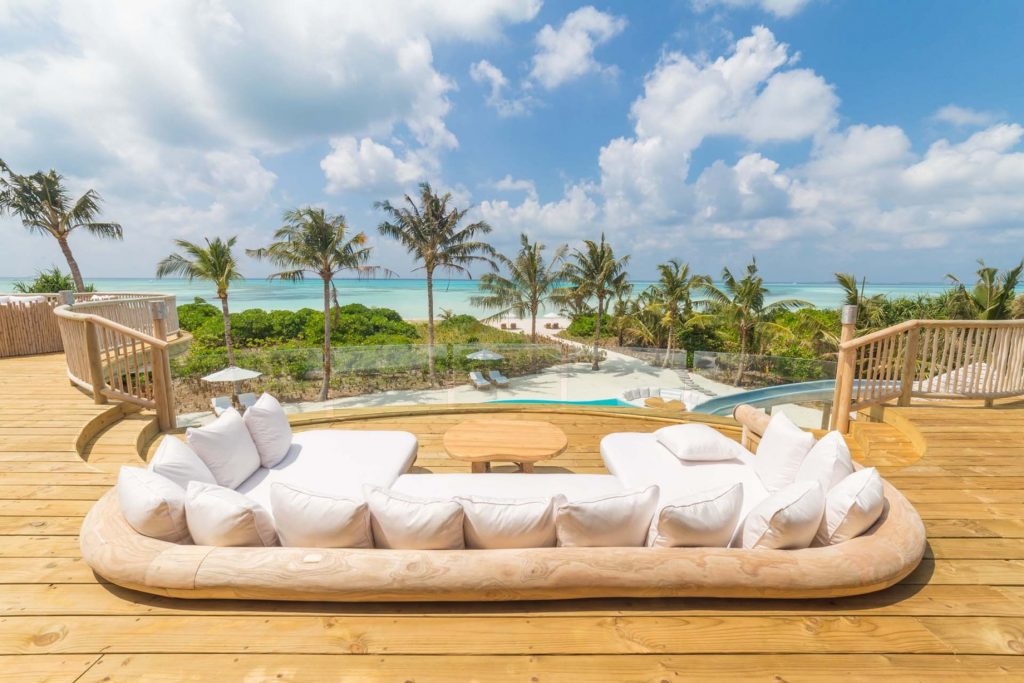 Soneva Jani Luxury Resort - Noonu Atoll, Medhufaru, Maldives - 3 Bedroom Island Reserve Villa Oceanview Upper Deck Lounge