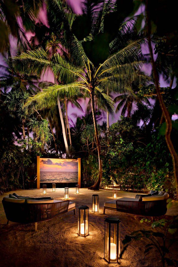The St. Regis Maldives Vommuli Luxury Resort - Dhaalu Atoll, Maldives - Jungle Cinema