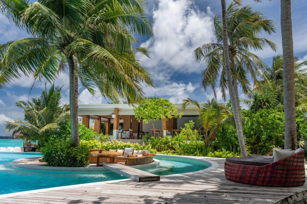Amilla Fushi Luxury Resort and Residences - Baa Atoll, Maldives - Poolside Oceanfront Baa Baa Bar