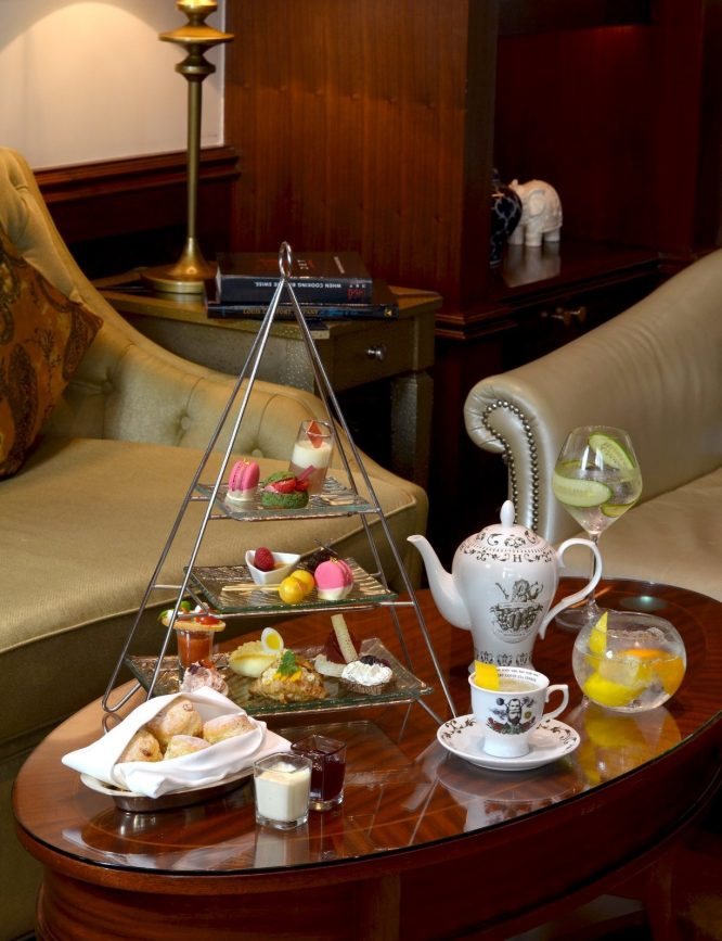 The St. Regis Abu Dhabi Luxury Hotel - Abu Dhabi, United Arab Emirates - Gourmet Tea and Pastry