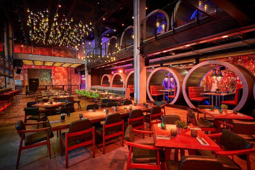 Atlantis The Palm Luxury Resort - Crescent Rd, Dubai, UAE - Wavehouse Restaurant