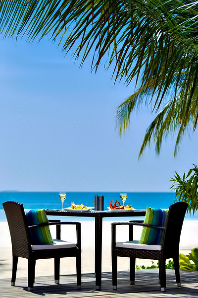 Velassaru Maldives Luxury Resort - South Male Atoll, Maldives - Tropical Dining
