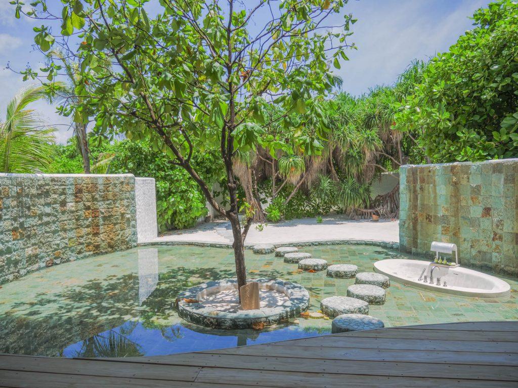 Soneva Jani Luxury Resort - Noonu Atoll, Medhufaru, Maldives - 4 Bedroom Island Reserve Villa Exterior Soaker Tub