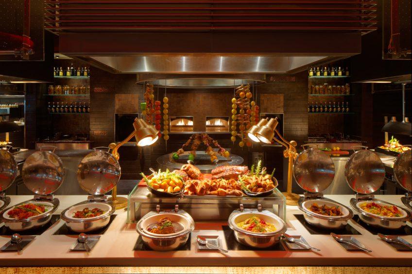 Atlantis The Palm Luxury Resort - Crescent Rd, Dubai, UAE - Saffron Restaurant Grill Station