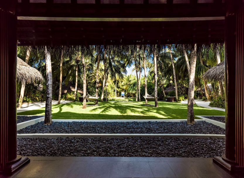 One&Only Reethi Rah Luxury Resort - North Male Atoll, Maldives - Spa Building Lawn View