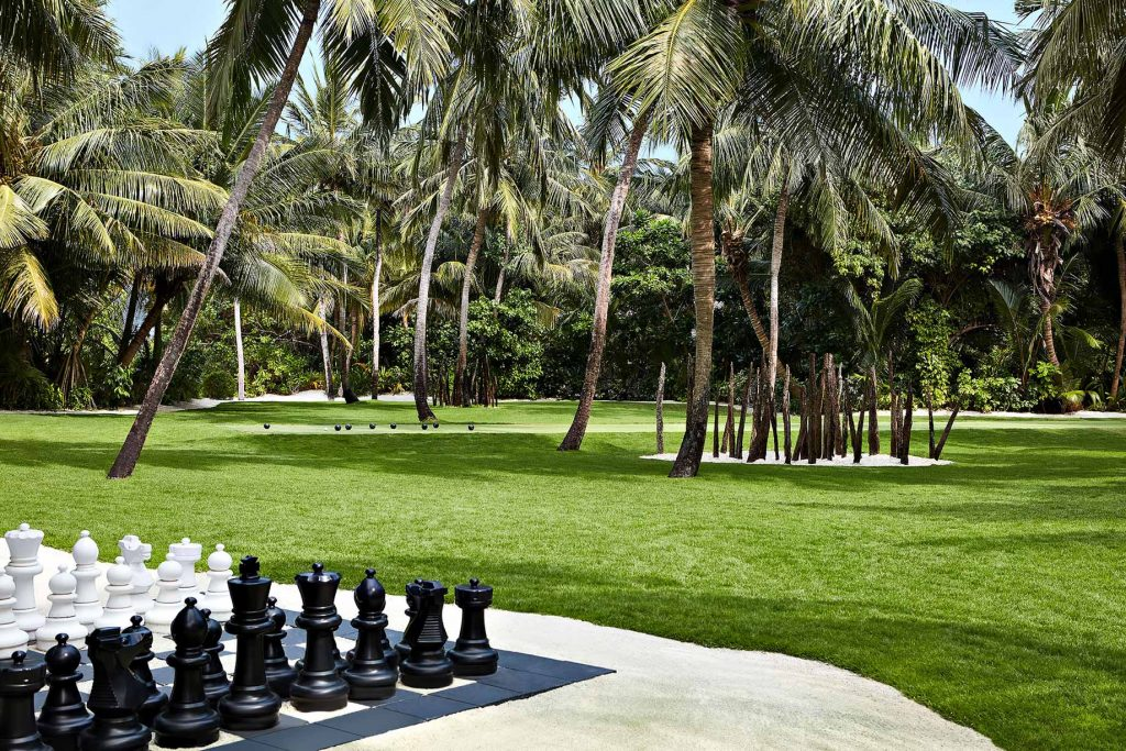 One&Only Reethi Rah Luxury Resort - North Male Atoll, Maldives - The Lawn Club Chess