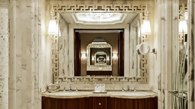 The St. Regis Abu Dhabi Luxury Hotel - Abu Dhabi, United Arab Emirates - Luxury Guest Bathroom