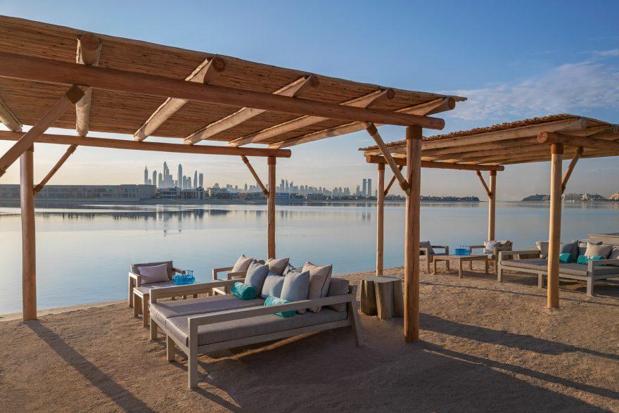 Atlantis The Palm Luxury Resort - Crescent Rd, Dubai, UAE - White Beach Club Sand Lounge
