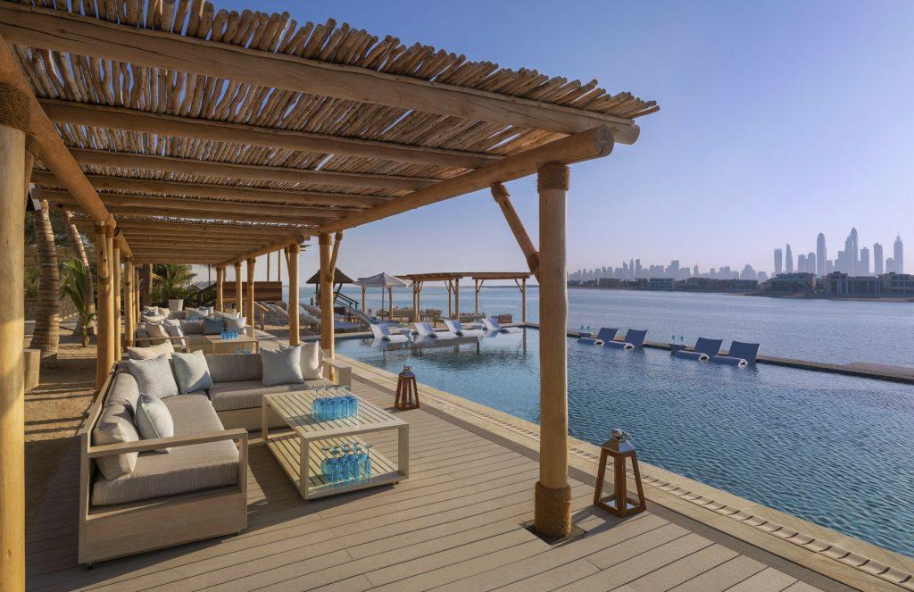 Atlantis The Palm Luxury Resort - Crescent Rd, Dubai, UAE - White Beach Club Pool