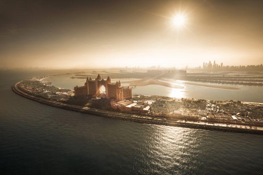 Atlantis The Palm Luxury Resort - Crescent Rd, Dubai, UAE - Aerial Sunset