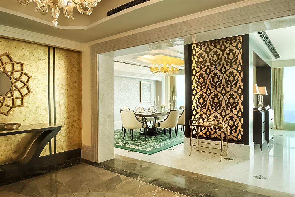 The St. Regis Abu Dhabi Luxury Hotel - Abu Dhabi, United Arab Emirates - Al Manhal Suite Entrance Hall