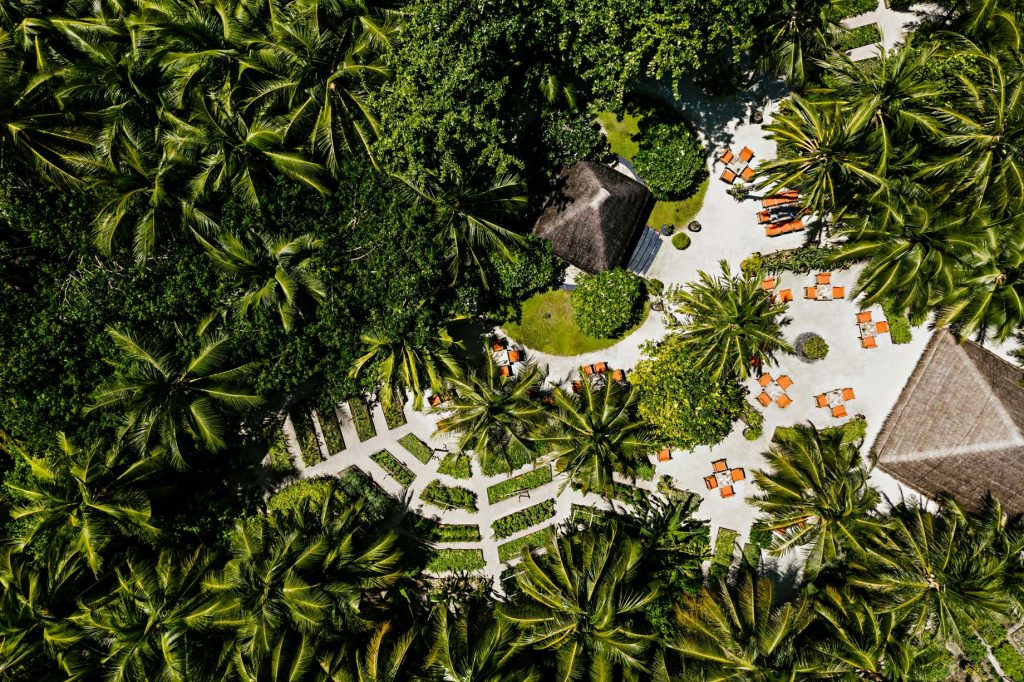 One&Only Reethi Rah Luxury Resort - North Male Atoll, Maldives - Botanica Restaurant Overhead View