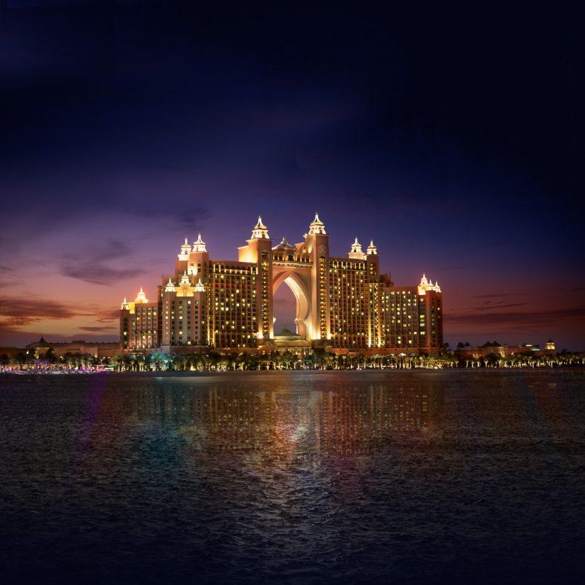 Atlantis The Palm Luxury Resort - Crescent Rd, Dubai, UAE - Dusk