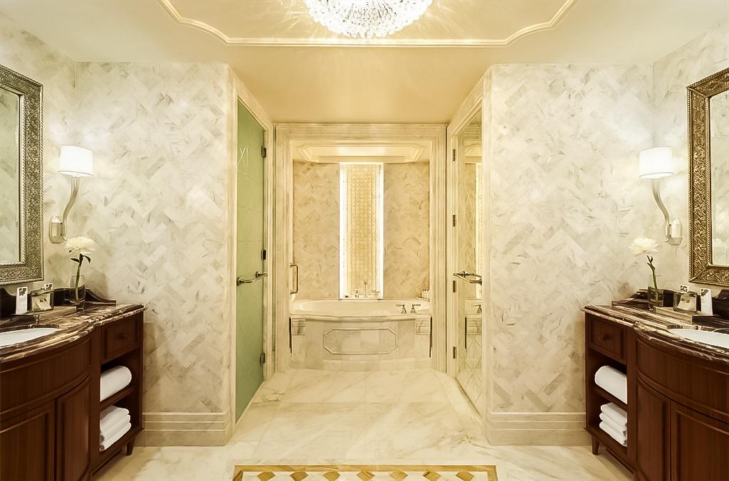 The St. Regis Abu Dhabi Luxury Hotel – Abu Dhabi, United Arab Emirates – St. Regis Suite Bathroom