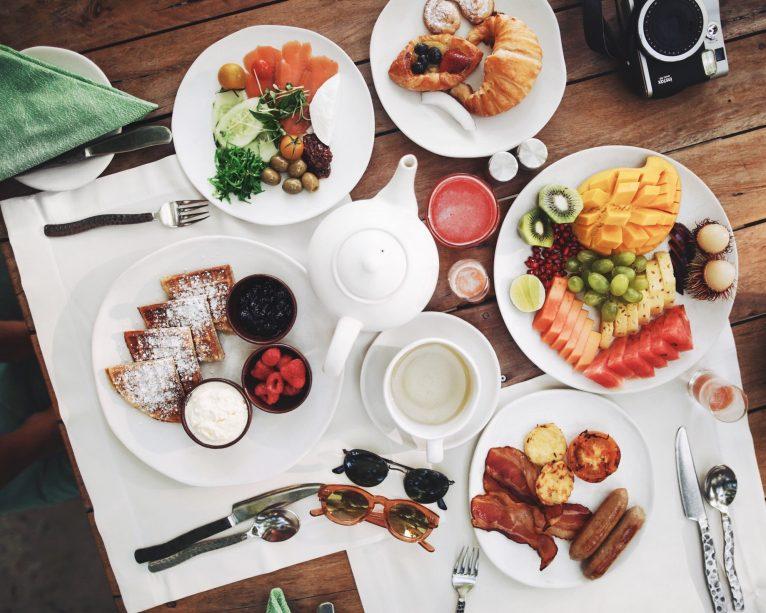 Soneva Jani Luxury Resort - Noonu Atoll, Medhufaru, Maldives - Breakfast Food Table Setting