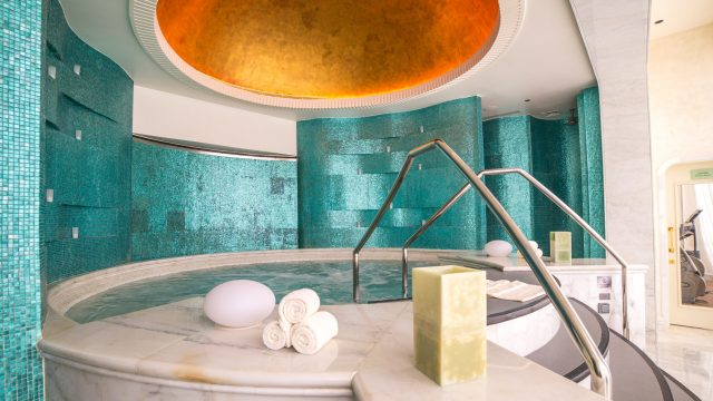The St. Regis Abu Dhabi Luxury Hotel - Abu Dhabi, United Arab Emirates - Remede Spa Hot Tub