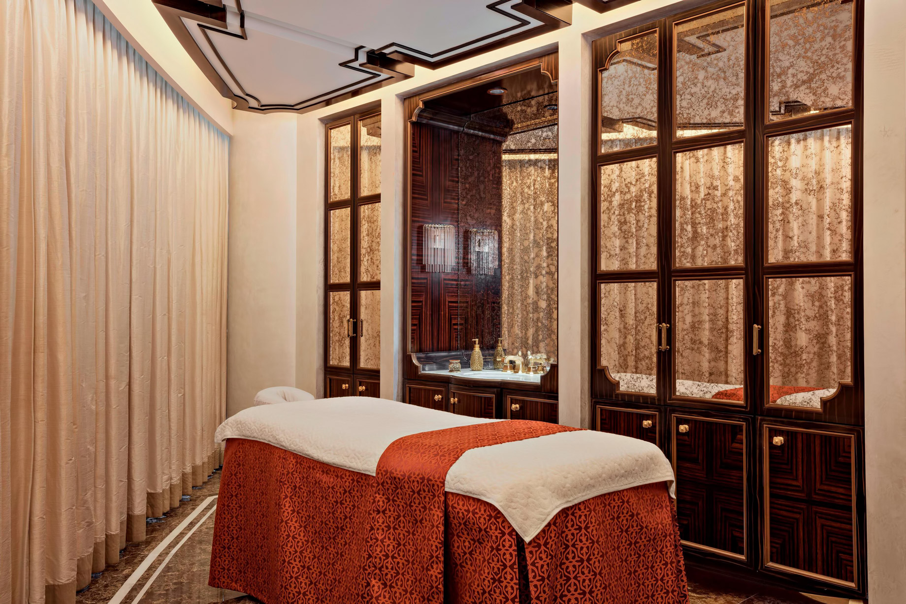 The St. Regis Abu Dhabi Luxury Hotel – Abu Dhabi, United Arab Emirates – Remede Spa Male Massage Room