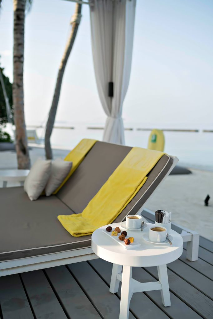 Cheval Blanc Randheli Luxury Resort - Noonu Atoll, Maldives - Private Island Beachfront Coffee and Desserts