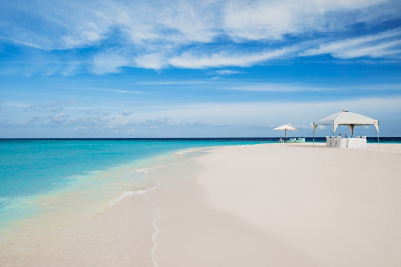 One&Only Reethi Rah Luxury Resort - North Male Atoll, Maldives - White Sandbank Beach Dining