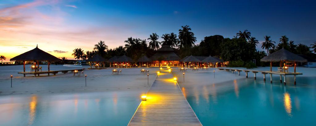 Velassaru Maldives Luxury Resort - South Male Atoll, Maldives - Beach Sunset