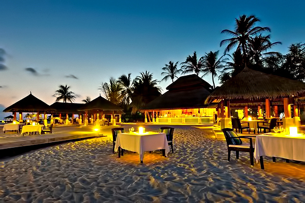 Velassaru Maldives Luxury Resort - South Male Atoll, Maldives - Beach Restaurant Sunset
