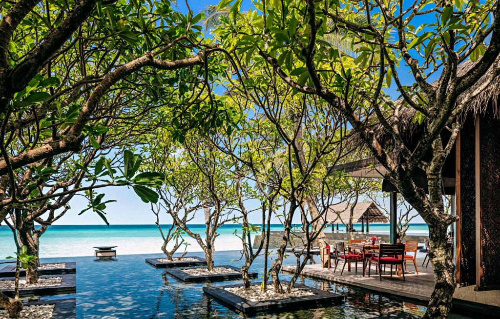 One&Only Reethi Rah Luxury Resort - North Male Atoll, Maldives - RahBar Terrace Overwater