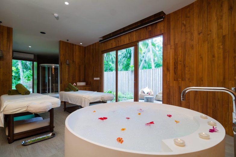 Amilla Fushi Luxury Resort and Residences - Baa Atoll, Maldives - Javvu Spa Treatment Room Tables and Bath
