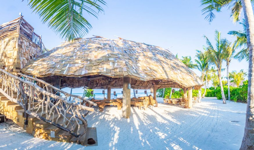 Soneva Jani Luxury Resort - Noonu Atoll, Medhufaru, Maldives - Private Island Dining Crab Shack