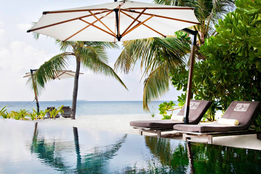 Cheval Blanc Randheli Luxury Resort - Noonu Atoll, Maldives - Beachfront Infinity Pool