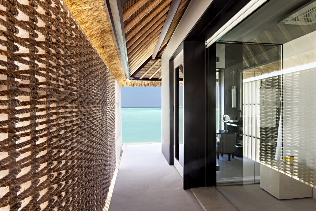 Cheval Blanc Randheli Luxury Resort - Noonu Atoll, Maldives - Private Villa Passage Area