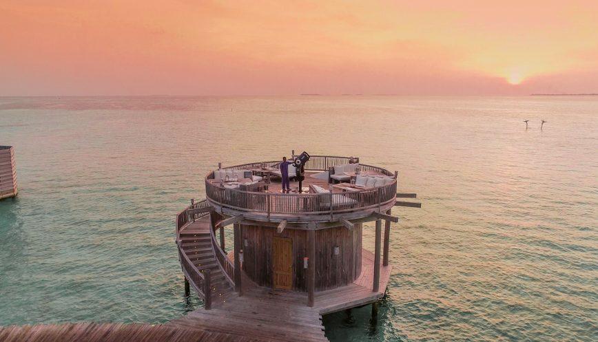 Soneva Jani Luxury Resort - Noonu Atoll, Medhufaru, Maldives - So Starstruck Telescope Sunset