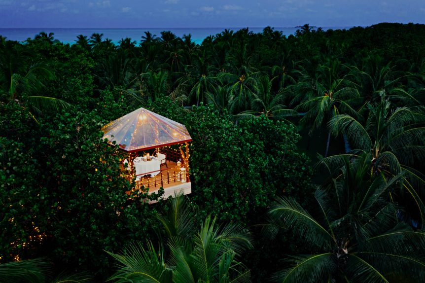 One&Only Reethi Rah Luxury Resort - North Male Atoll, Maldives - Tree House Restaurant Dusk