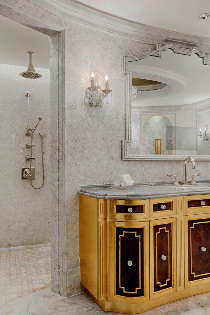 The St. Regis Abu Dhabi Luxury Hotel - Abu Dhabi, United Arab Emirates - Al Hosen Suite Bathroom