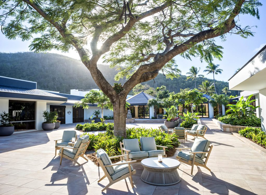 InterContinental Hayman Island Resort - Whitsunday Islands, Australia - Courtyard