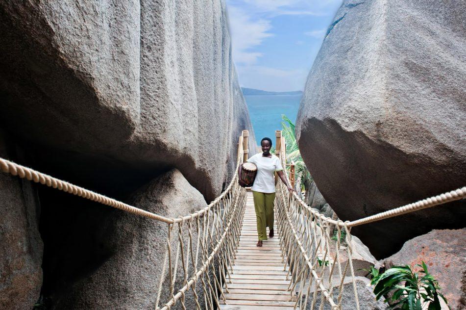 Six Senses Zil Pasyon Luxury Resort - Felicite Island, Seychelles - Spa Rope Bridge
