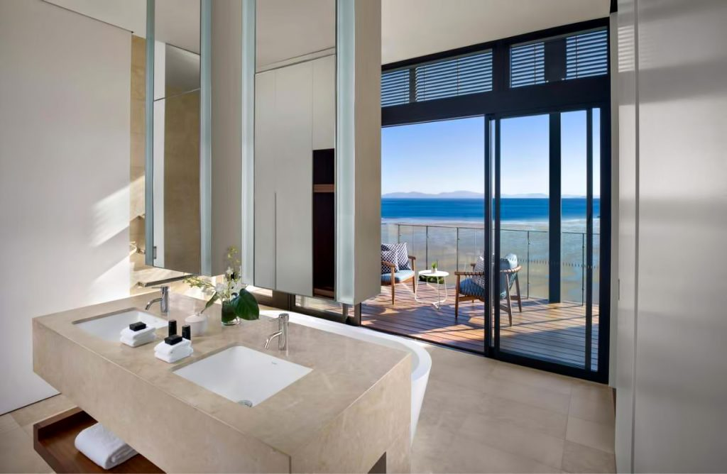 InterContinental Hayman Island Resort - Whitsunday Islands, Australia - Hayman Estate Residence Master Ensuite