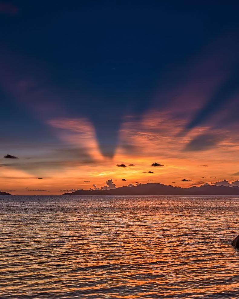 Six Senses Zil Pasyon Luxury Resort - Felicite Island, Seychelles - Oceanview Sunset